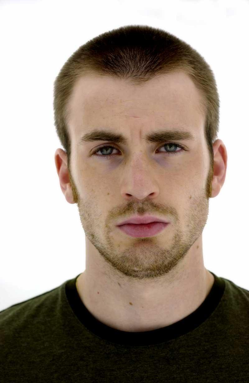 Chris Evans tuyên bố có thể sẽ ngừng đóng vai Captain America