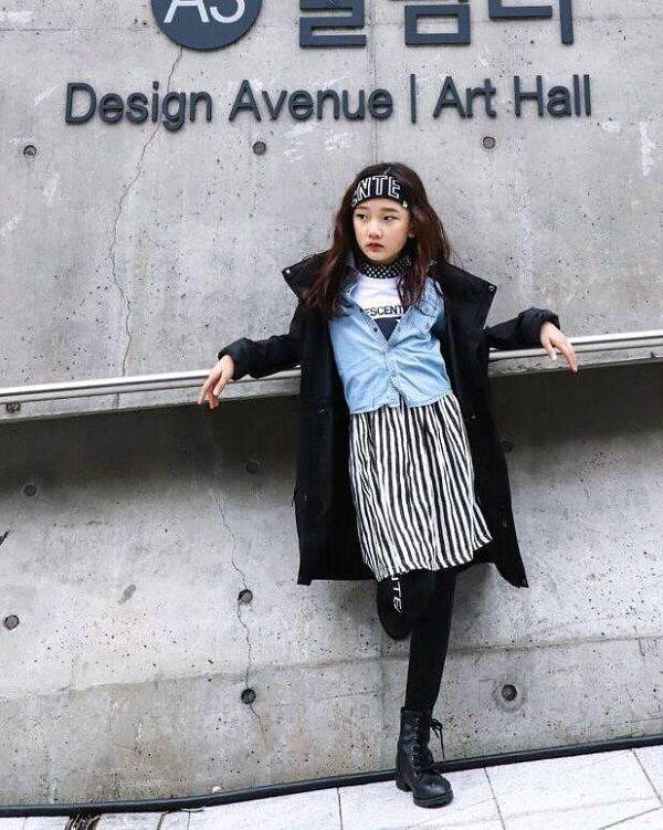 Đến hẹn lại lên, fashionista nhí tiếp tục khiến Seoul FW chao đảo