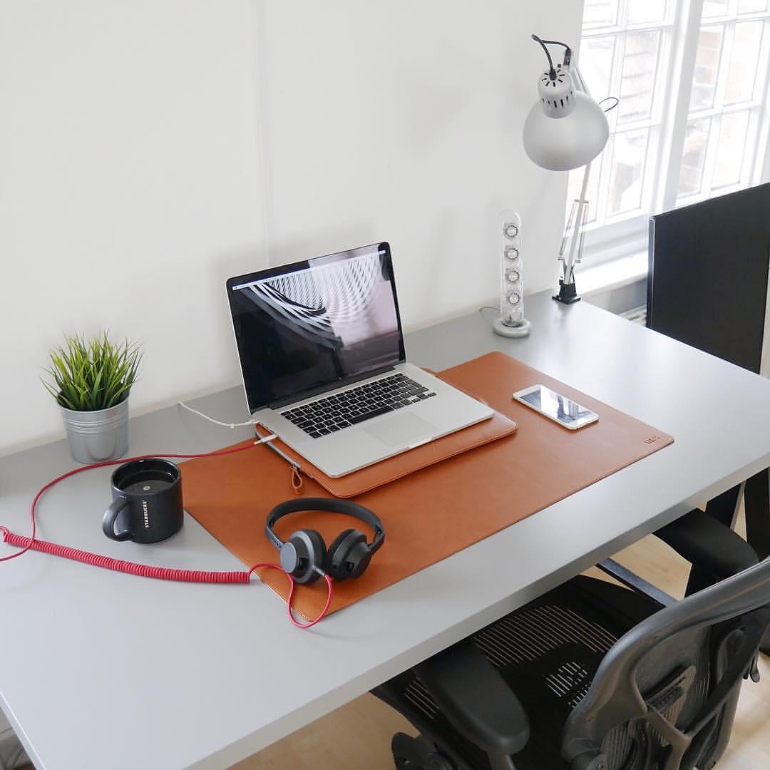 Đặt gì ở bàn làm việc để hợp phong thủy và hút tài lộc?