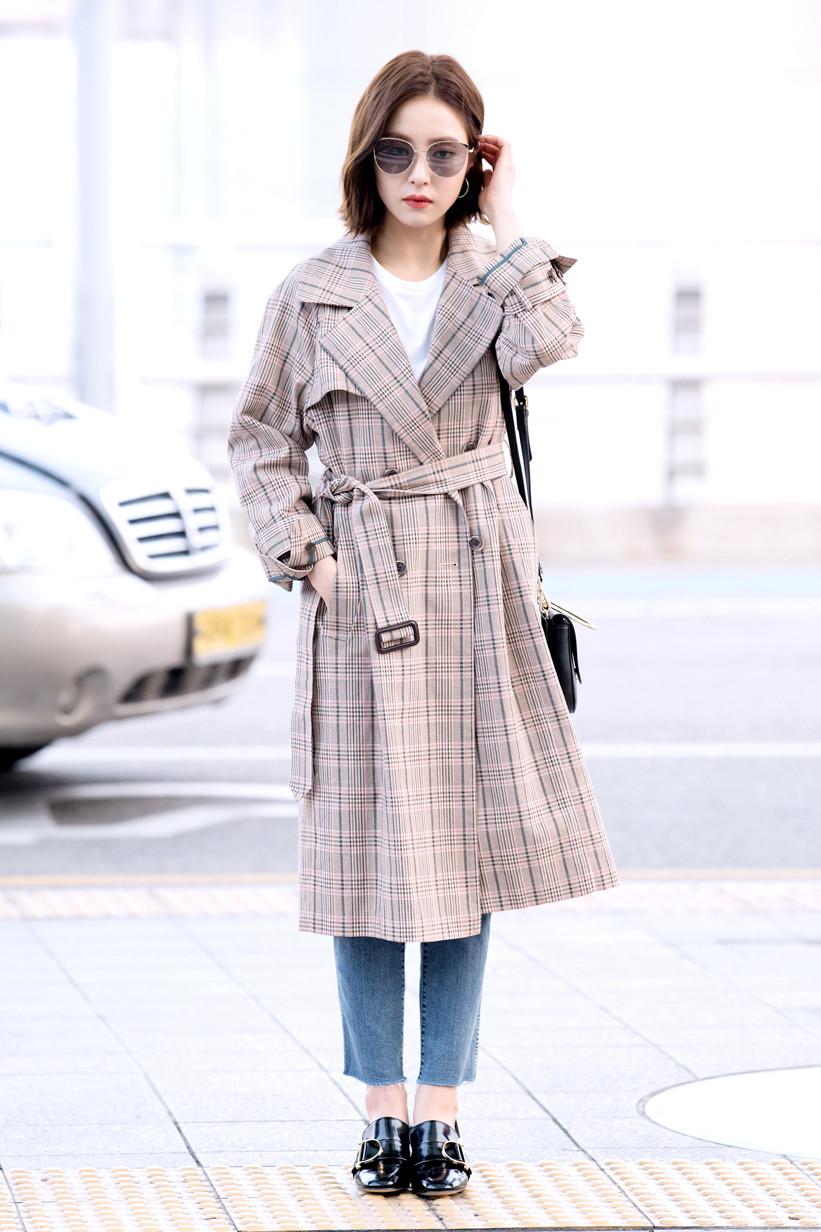 Ngắm street style đơn giản, sành điệu của Sao Hàn tuần qua