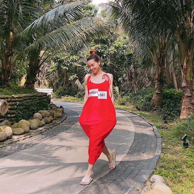 Sao Việt diện street style rực rỡ gọi hè