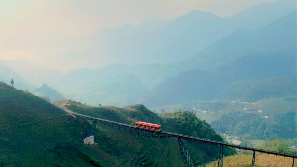 HOT: Tàu hỏa leo núi hiện đại nhất Việt Nam chính thức đi vào hoạt động từ ngày 31/3