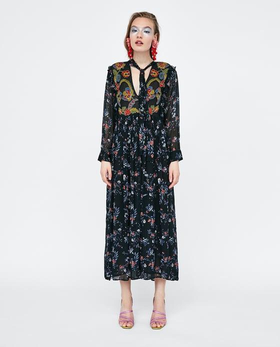 Chọn váy maxi cho mùa đi biển 2018