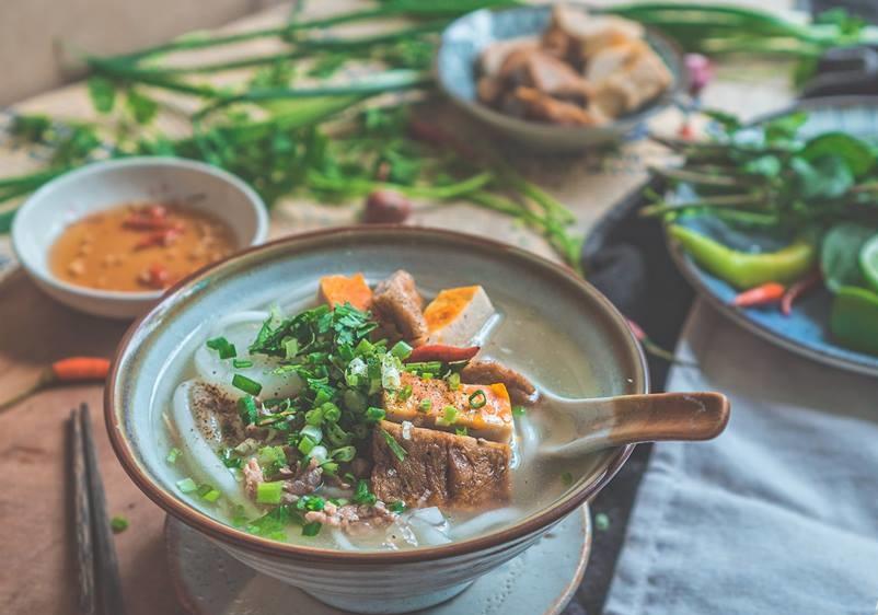 Học người Phú Yên làm bánh canh chả cá đậm đà hấp dẫn