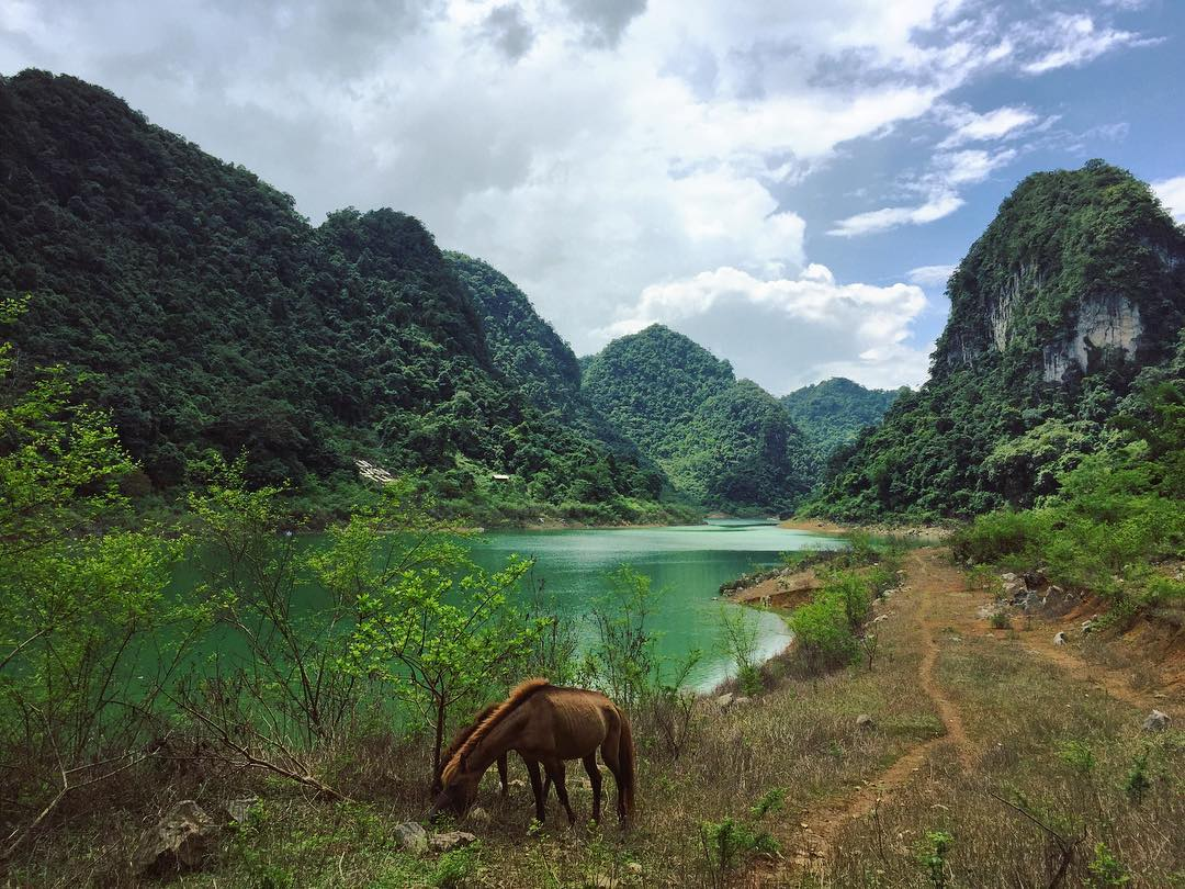 Hồ Thang Hen - Viên ngọc bích của Công viên địa chất toàn cầu Non nước Cao Bằng