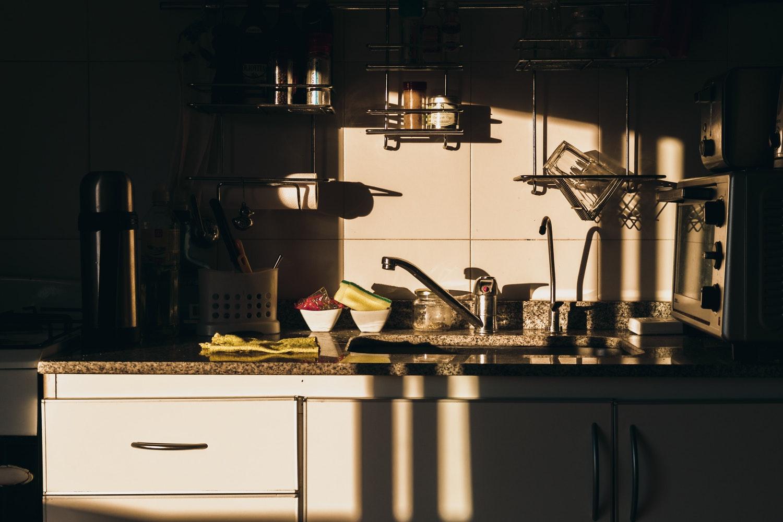 7 sai lầm phong thủy nhà bếp cần tránh để giúp bà bầu khỏe mạnh