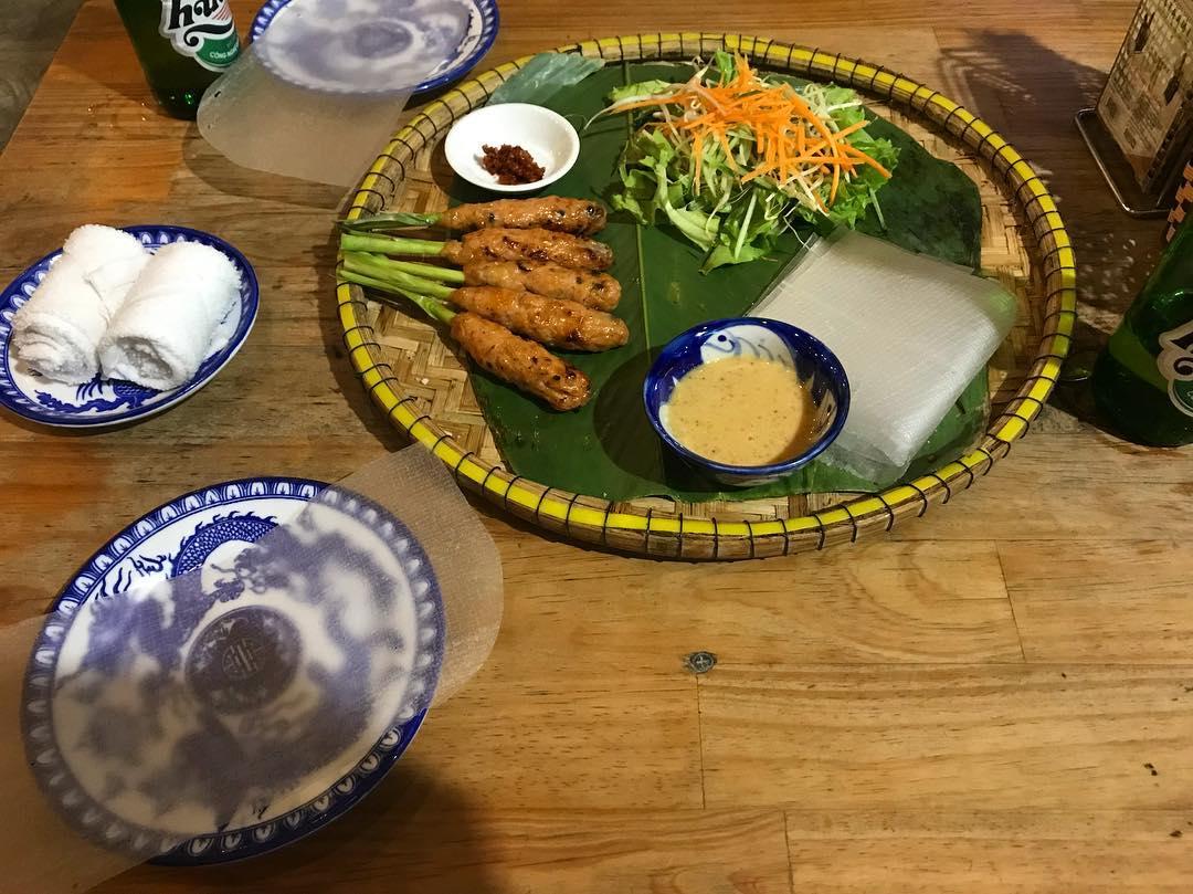 Gợi ý 10 món ăn nhất định phải thử khi du lịch Huế (phần 2)
