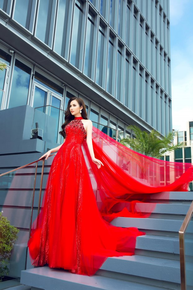 Á hậu Thanh Trang khoe nhan sắc rực rỡ sau gần 1 năm đoạt danh hiệu á hậu các quốc gia 2017