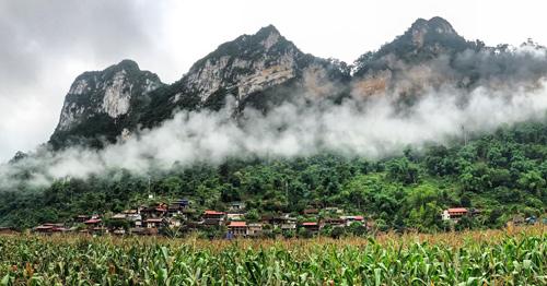 Đi chơi hồ nước ngọt lớn nhất Việt Nam với 500.000 đồng