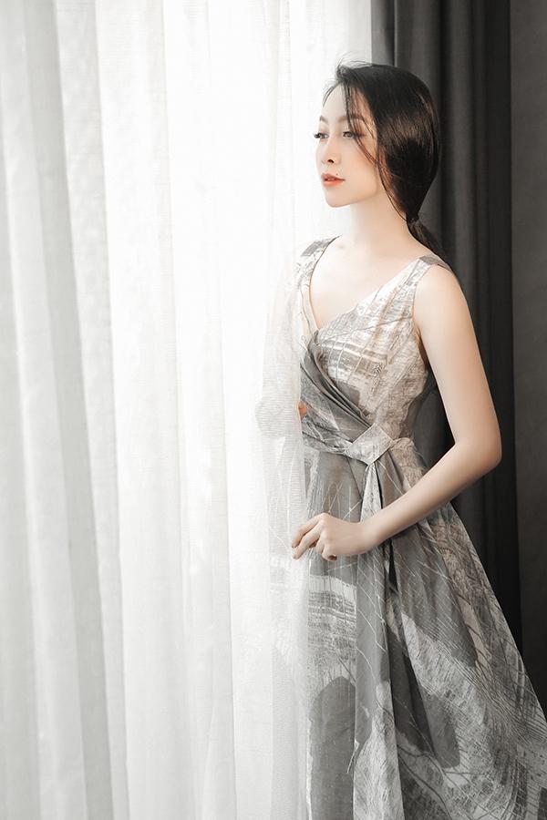 Linh Nga gợi ý chọn váy đi tiệc cho nàng công sở