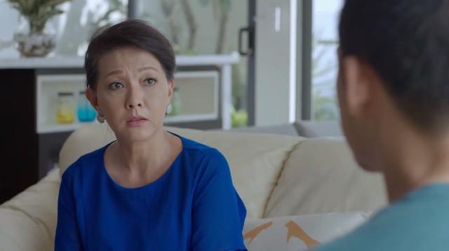 Công khai tuyên bố theo đuổi Nhã Phương, Nhan Phúc Vinh bị mẹ cô dằn mặt