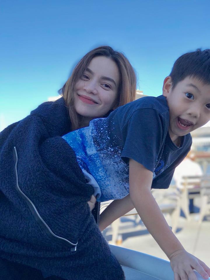 Hồ Ngọc Hà đột ngột hủy kết bạn với Kim Lý trên mọi mạng xã hội