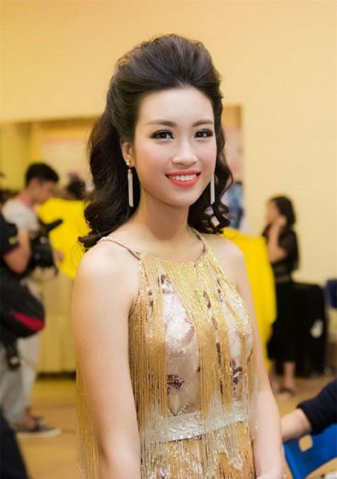Sau 2 năm đăng quang, nhan sắc Hoa hậu Đỗ Mỹ Linh thay đổi ra sao?