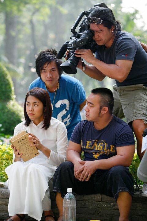 Ủ chín 10 năm, loạt ảnh hậu trường chưa từng công bố của Bỗng Dưng Muốn Khóc vừa được tiết lộ!
