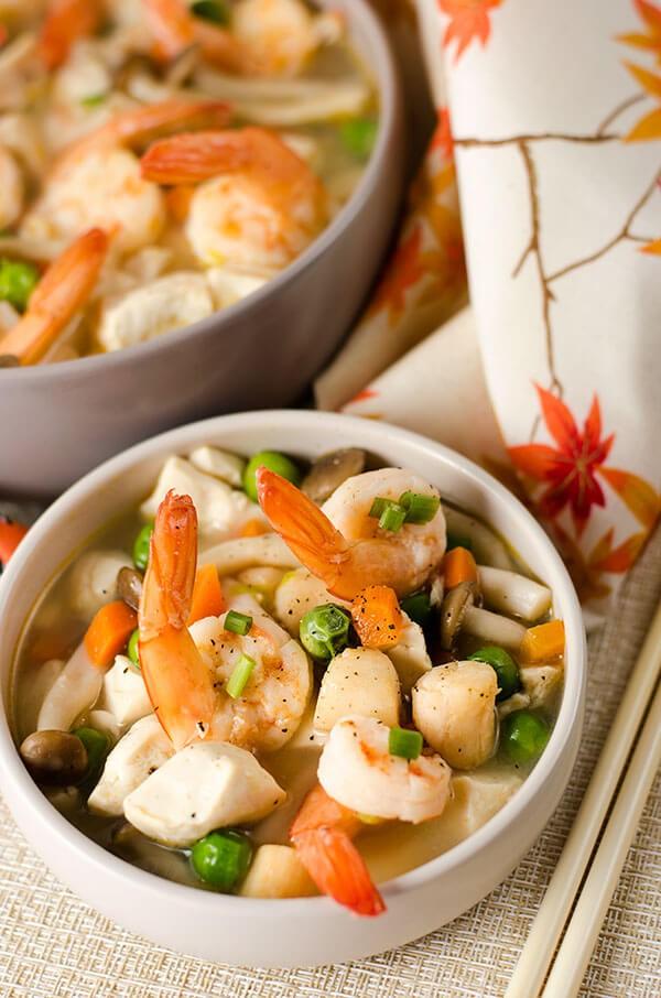 Bí quyết để nấu canh nấm hải sản tuyệt ngon chính là đây!
