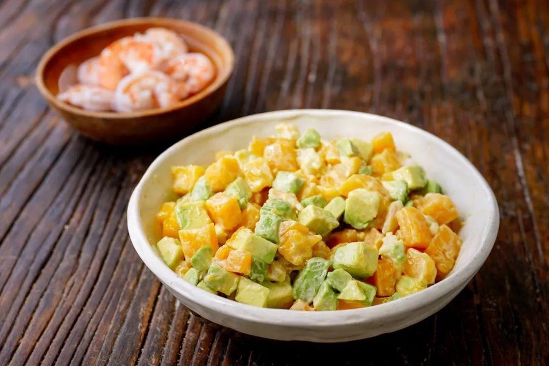 Bổ sung vitamin với salad bơ xoài ăn hoài không ngán