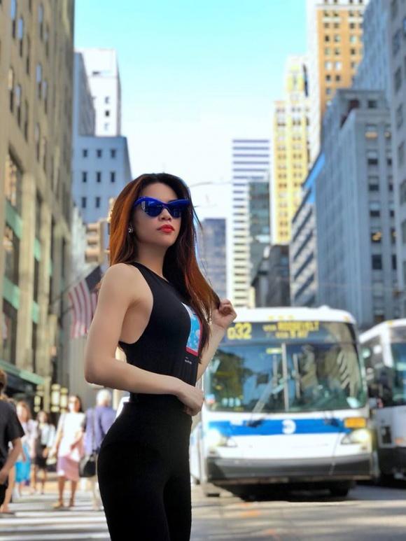 Gu thời trang sang chảnh hết nấc của Hồ Ngọc Hà khi dạo chơi ở Mỹ