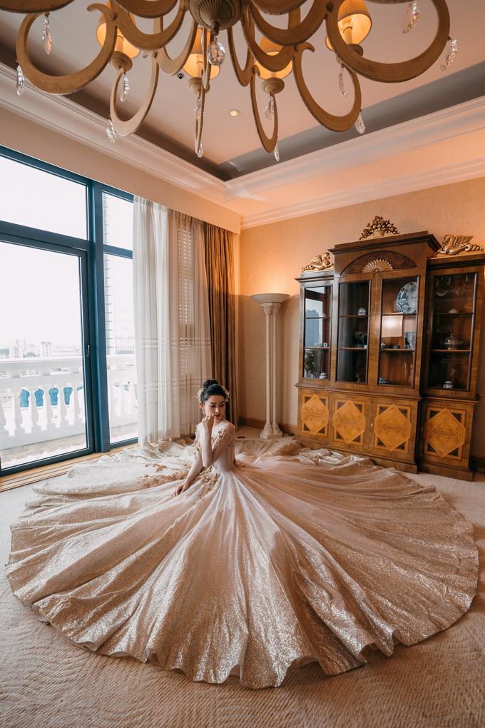 Á hậu Huyền My lộng lẫy với váy cưới kiêu sa như công chúa trong cổ tích