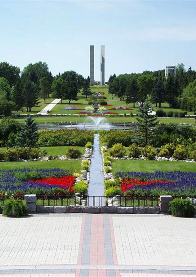 Tới Canada nhất định phải khám phá những điểm sống ảo đẹp như mơ này