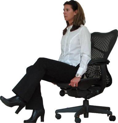 5 bài tập với ghế giúp chị em là phẳng bụng mỡ ngay tại văn phòng
