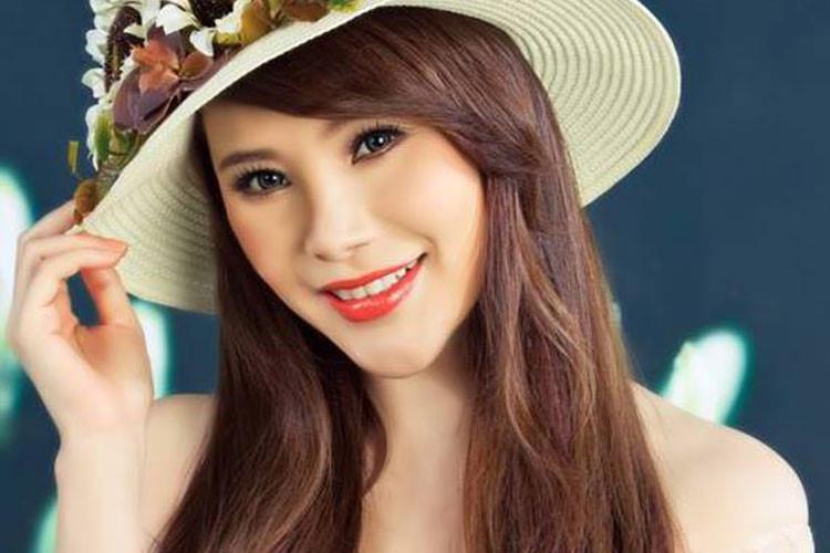 Sự nghiệp khiến nhiều người phải nể của Hồ Quỳnh Hương