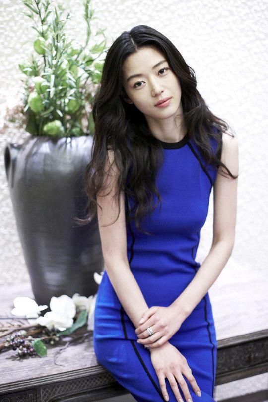 Mợ chảnh Jun Ji Hyun chia sẻ bài tập eo thon bụng phẳng một phát ăn ngay