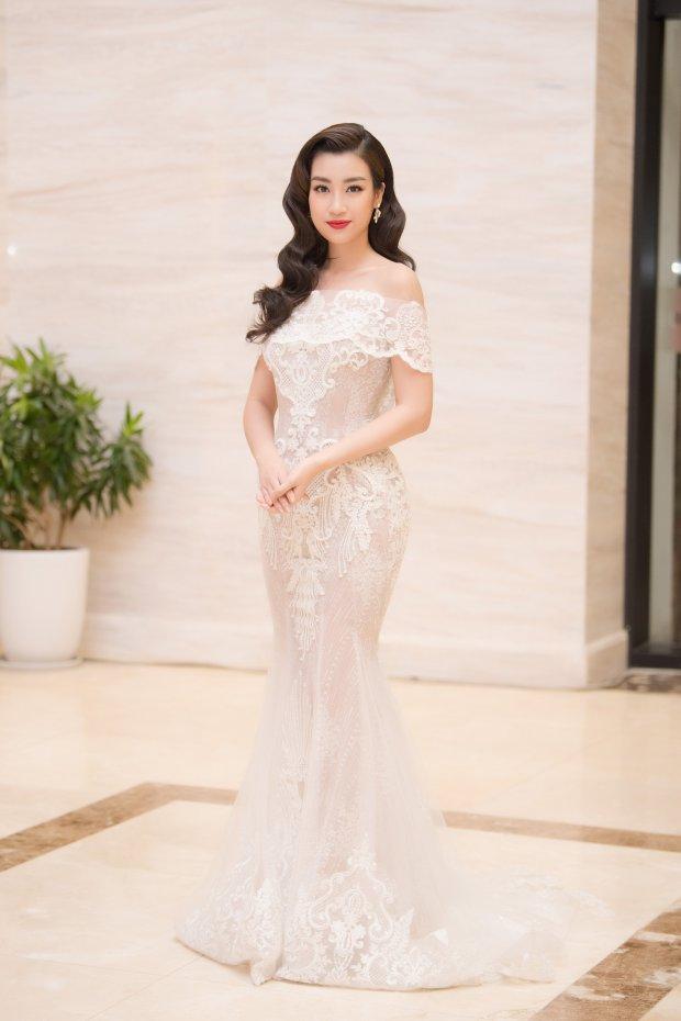 Dù thị phi bủa vây 4 phương 8 hướng, Hương Giang vẫn xuất sắc dẫn đầu top sao đẹp tháng 6