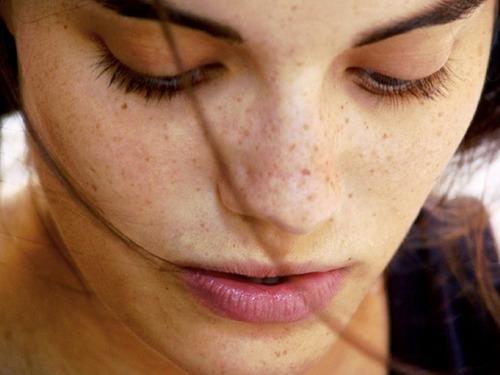 Dấu hiệu lão hóa da sớm mà phụ nữ nên biết