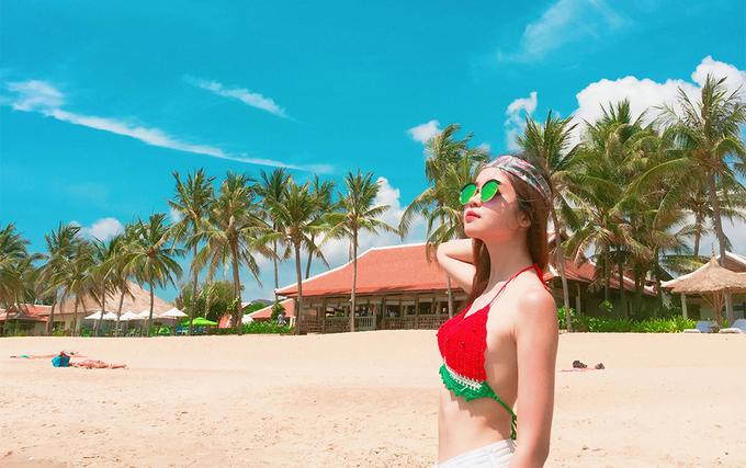 Mẹo nhỏ để chụp ảnh sống ảo với bikini mùa đi biển