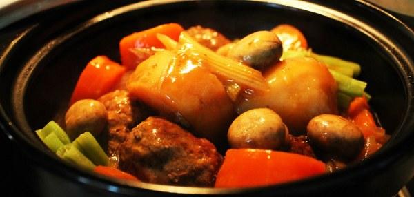 Cách nấu thịt kho trứng, bò hầm khoai tây bằng nồi áp suất