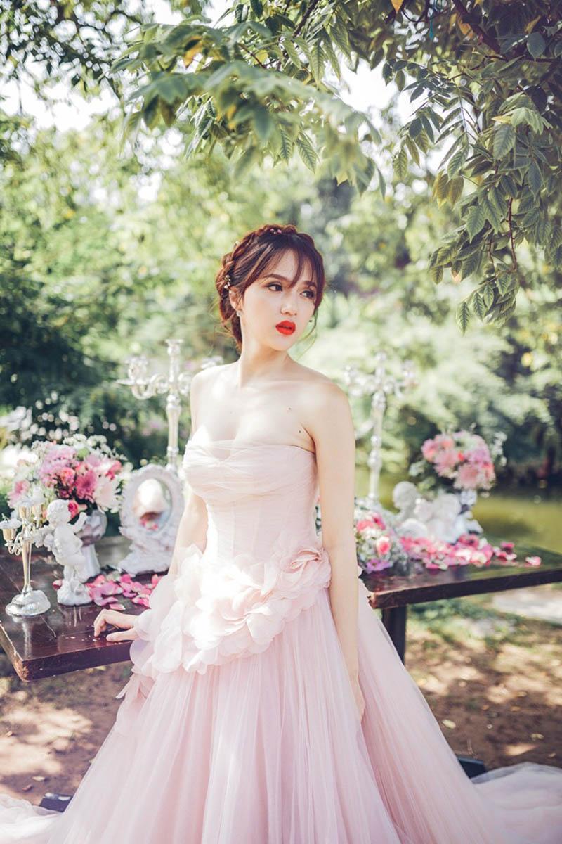 Hương Giang giảm tận 6kg sau khi thành Hoa hậu, bảo sao fan không kêu gào