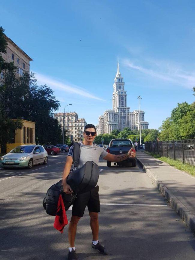 Bình Minh gác công việc sang Nga cổ vũ cho tuyển Brazil