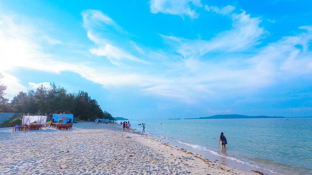 Tận hưởng mùa hè trên hòn đảo thiên đường Cô Tô