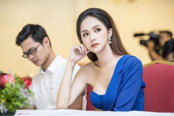 Hương Giang khởi động chiến dịch thu thập chữ ký ủng hộ Luật chuyển đổi giới tính