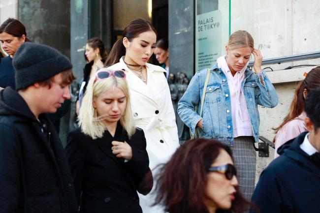 Kỳ Duyên sang chảnh, thần thái đẳng cấp tại Paris Fashion Week - 9
