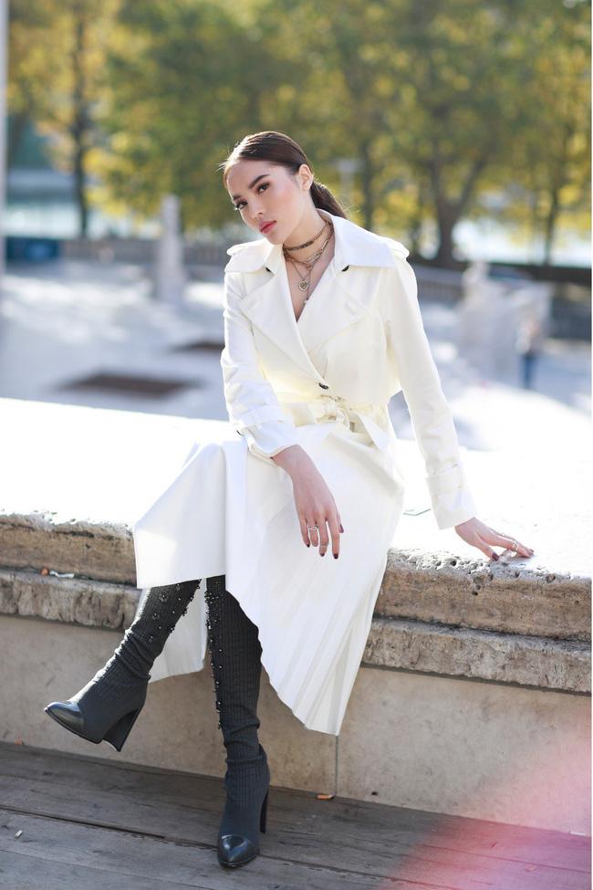 Kỳ Duyên sang chảnh, thần thái đẳng cấp tại Paris Fashion Week - 7