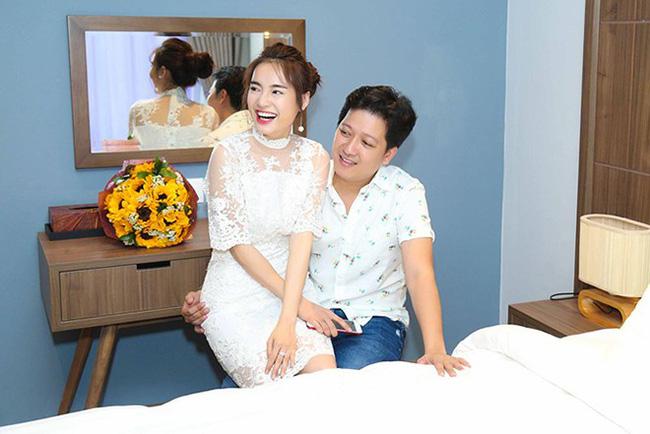 Đi hưởng trăng mật ở Phú Quốc, Trường Giang ân cần cõng vợ, dặn Nhã Phương 'nếu say sóng thì nói với anh' - 8