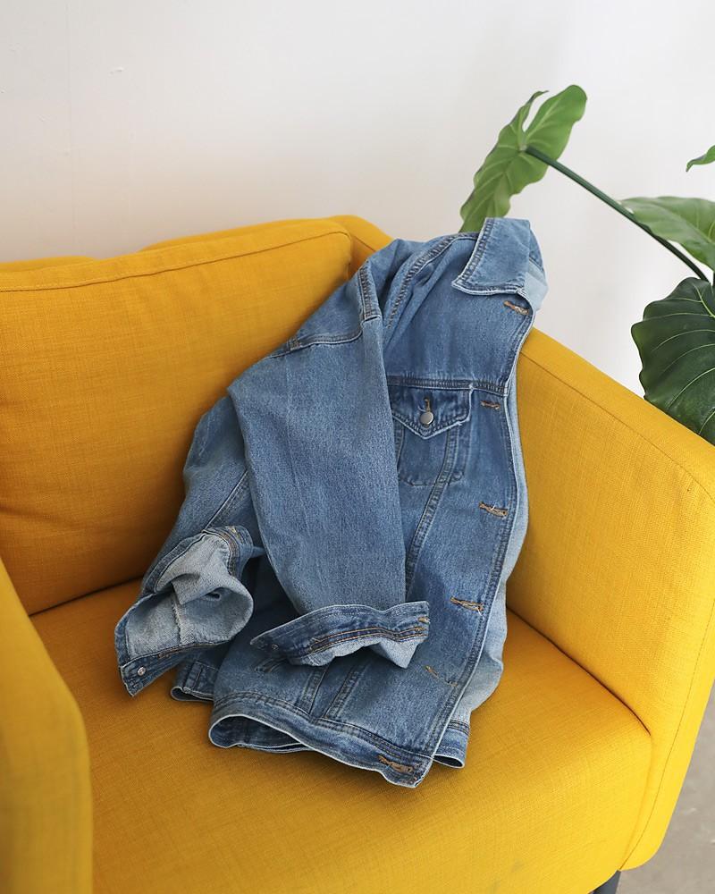 Sợ diện blazer già, áo khoác denim chính là lựa chọn thay thế cực trẻ trung dành cho các nàng công sở