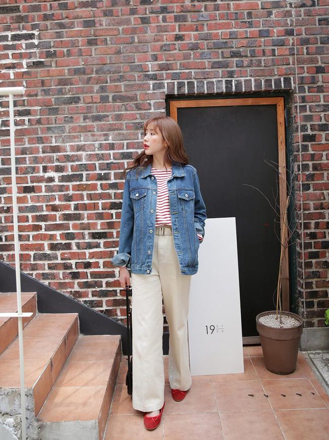 Sợ diện blazer già, áo khoác denim chính là lựa chọn thay thế cực trẻ trung dành cho các nàng công sở - 2
