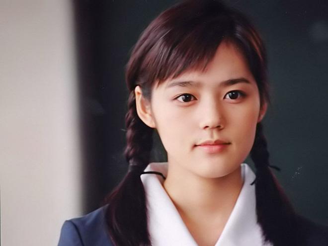 """Top mỹ nhân hàng đầu xứ Hàn: Minh tinh mét 7 cũng không đánh bại được 2 """"tường thành"""" mét rưỡi - 9"""