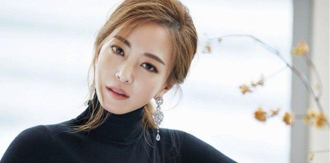 """Top mỹ nhân hàng đầu xứ Hàn: Minh tinh mét 7 cũng không đánh bại được 2 """"tường thành"""" mét rưỡi - 5"""