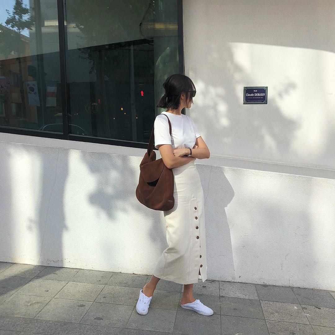 Nếu muốn theo đuổi phong cách tối giản thì đây chính là 6 items các nàng cần bổ sung ngay cho tủ quần áo của mình - 8