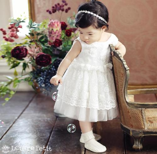 Lộ diện hình ảnh hiếm hoi của tiểu công chúa nhà 'cặp đôi bị ghét nhất Hàn Quốc' Lee Dong Gun - Jo Yoon Hee