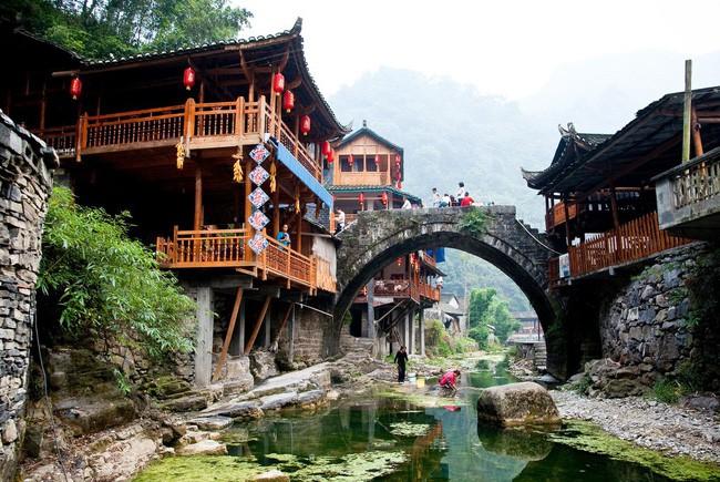 15 ngôi làng đẹp như bước ra từ cổ tích với kiến trúc độc đáo cùng phong cảnh hữu tình - 10
