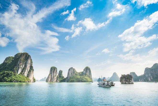 Báo Indonesia giới thiệu 9 địa danh phải đến tại khu vực Vịnh Hạ Long