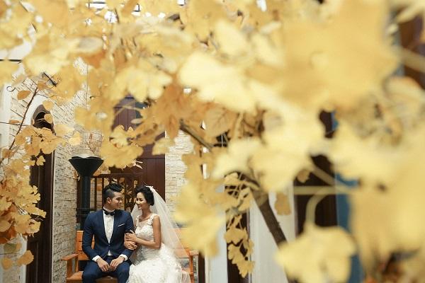 Bật mí chú rể điển trai trong loạt ảnh cưới mới rò rỉ của Tân Hoa hậu HHen Niê