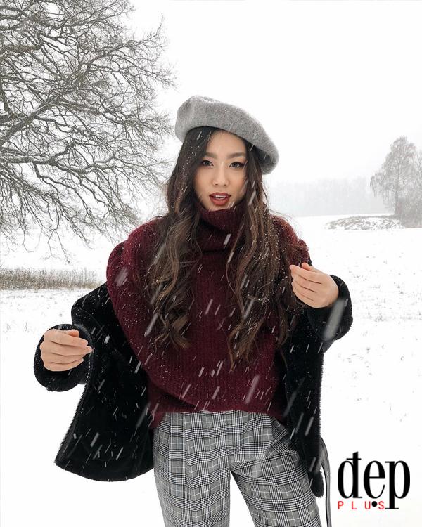 Blogger Lê Thảo Nhi gợi ý cách mặc áo len trơn màu sành điệu và cá tính
