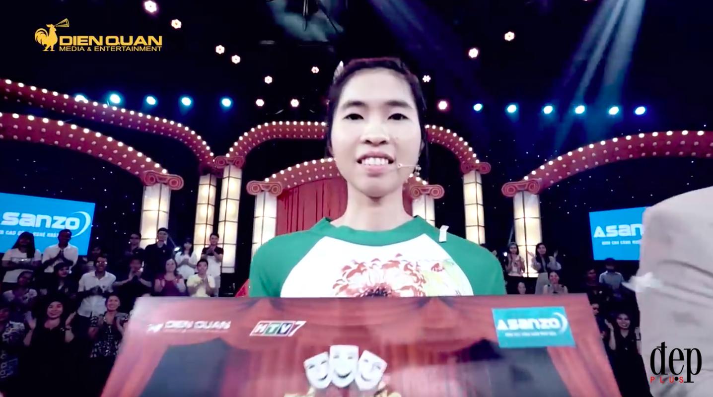 Gia cảnh khó khăn của cô gái lập kỷ lục giành 100 triệu tại Thách thức danh hài nhờ hát đúng một bài