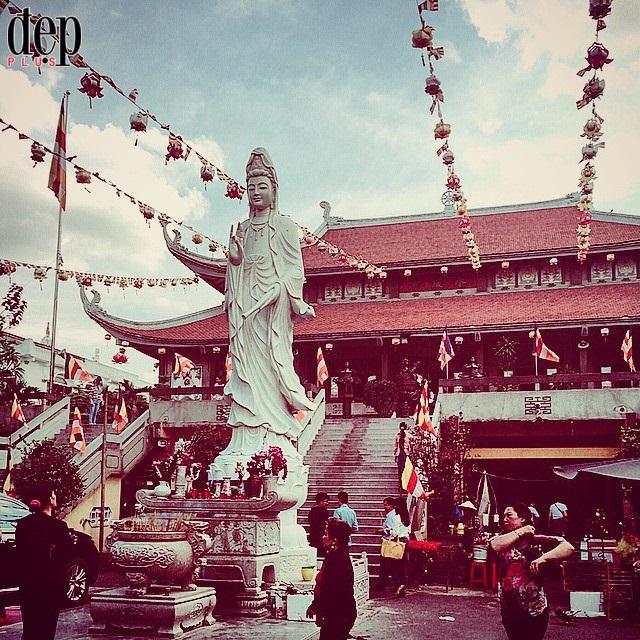 Muốn thoát ế, hội độc thân hãy đến 5 ngôi chùa linh thiêng ở Sài Gòn để cầu duyên