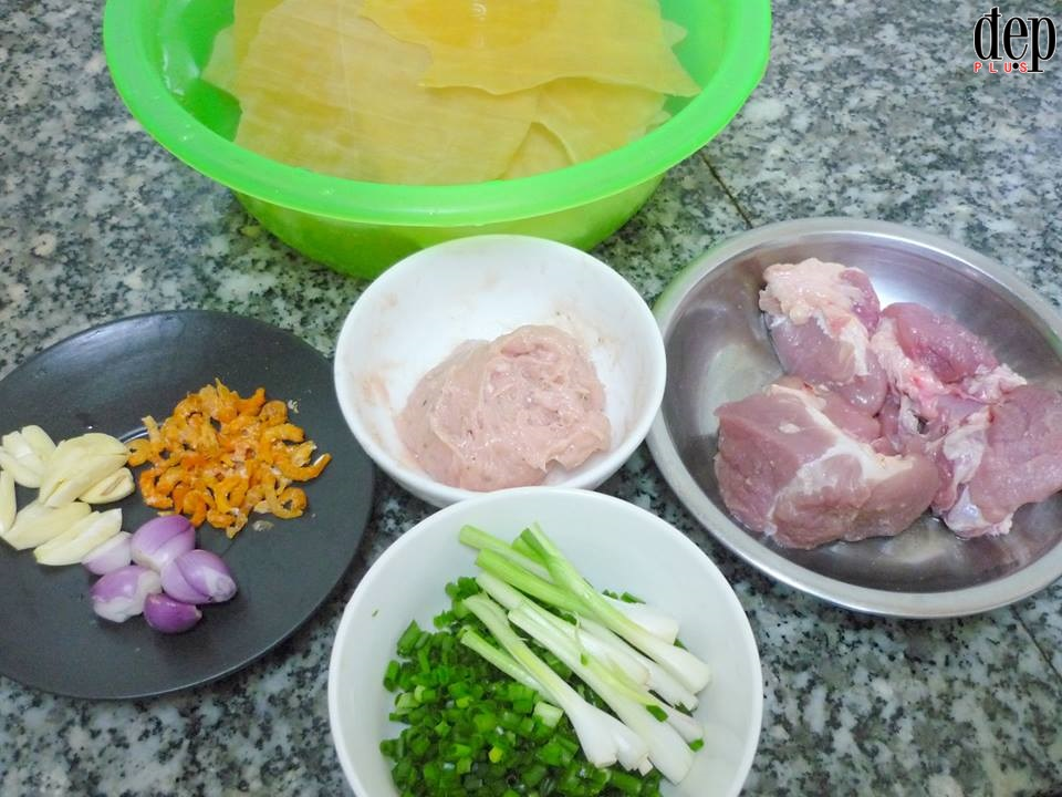Học cách làm hoành thánh thủy - món ăn mới lạ nhưng ăn hoài không chán